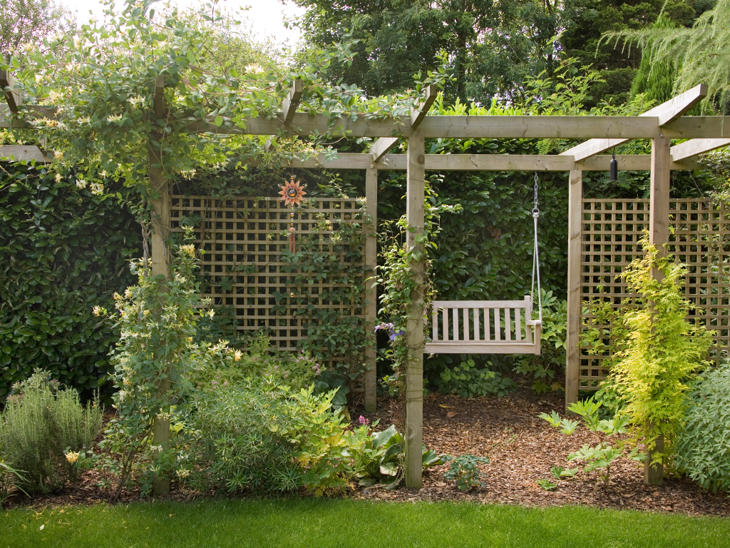 Garden designs landscapes for Garden designs uk
